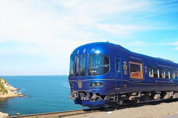 ①列車と風景.jpg